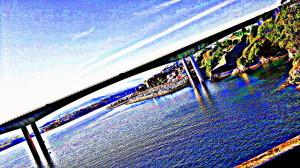Foto retocada del puente de Ribadeo (Galicia)