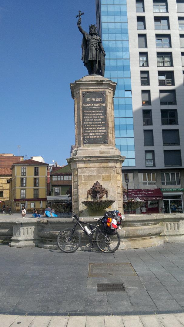 El rey Pelayo en Gijón