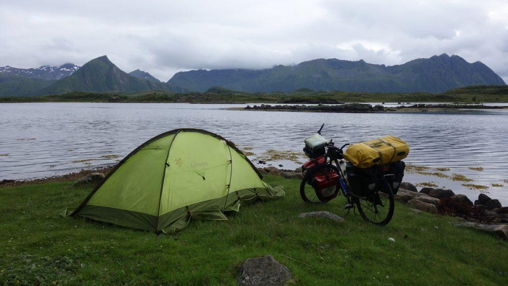 cicloturismo-acampada-libre