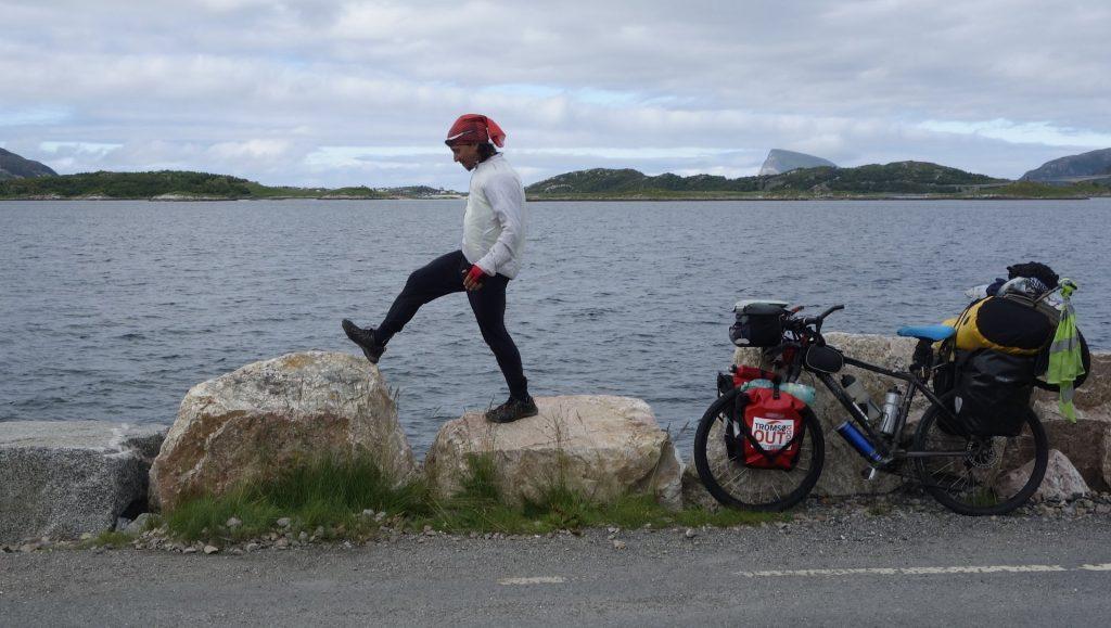 cicloturismo-esperando-ferry