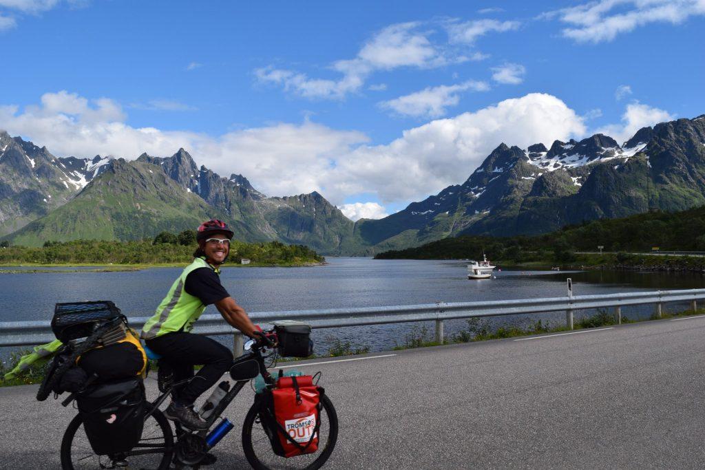 cicloturismo-montañas-noruegas