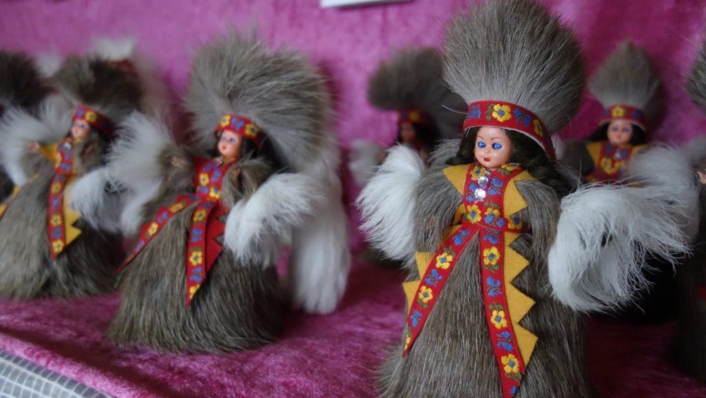 cicloturismo-muñecas-sami