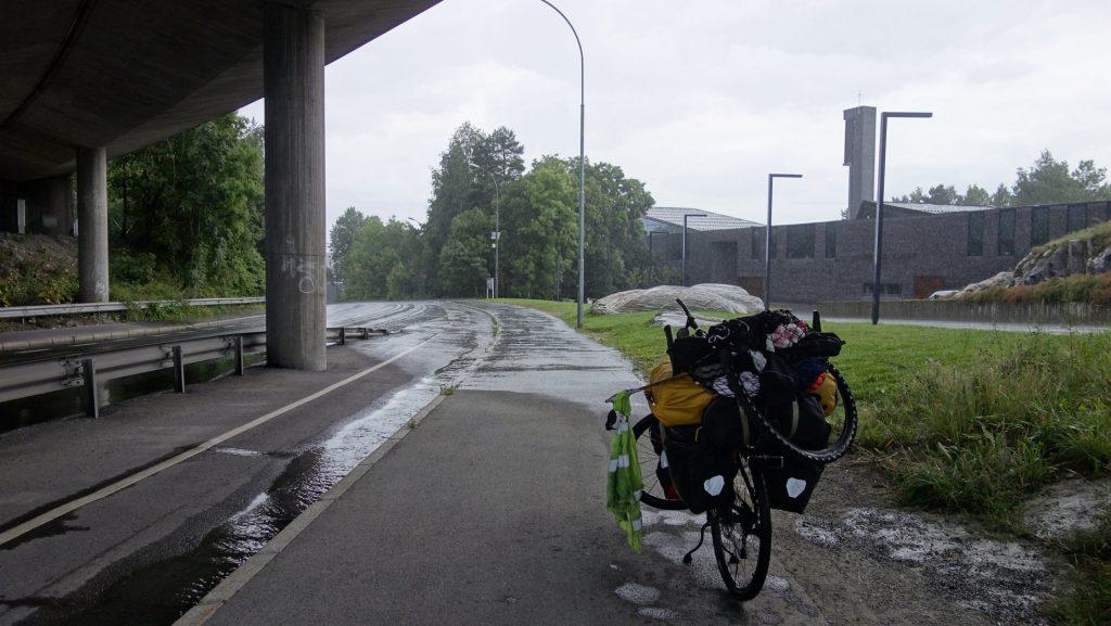 cicloturismo-puente-lluvia
